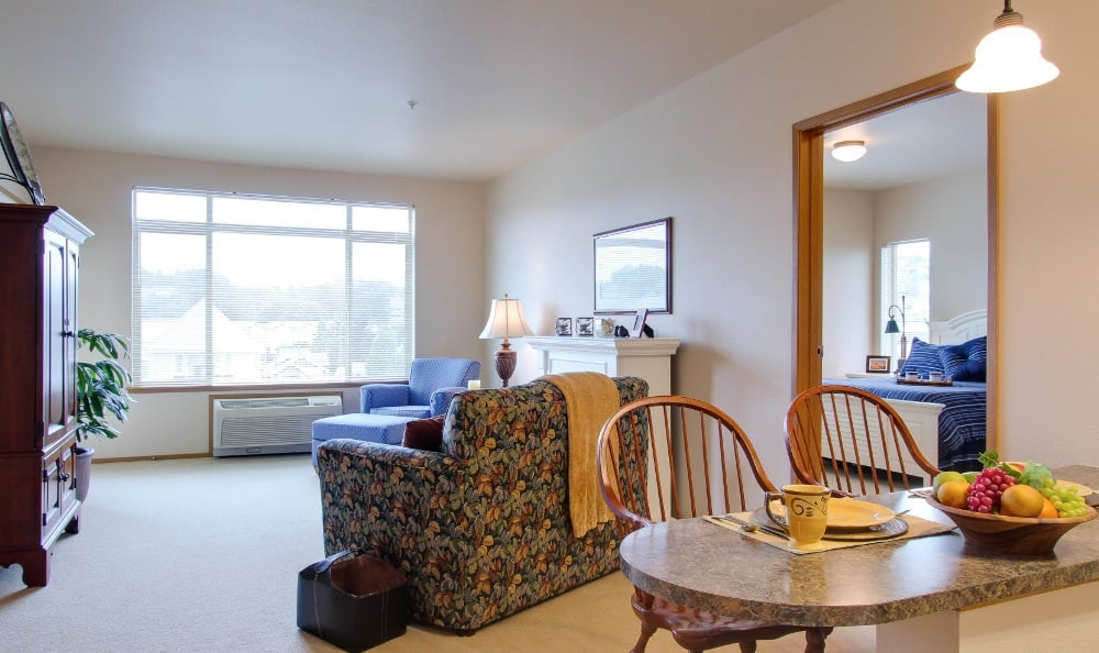 Spacious Living room at Merrill Gardens at Renton Centre in Renton, WA