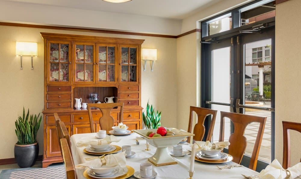 Private dining at senior living in Seattle