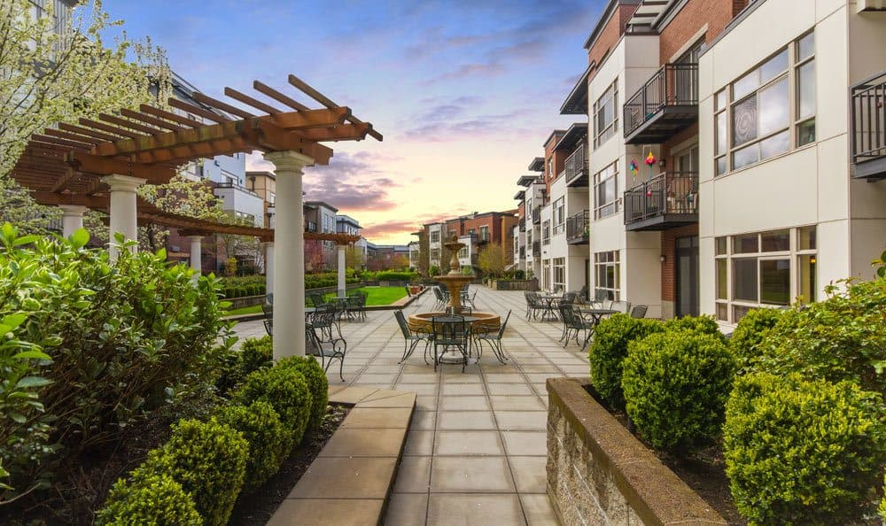 Senior living in Seattle includes a courtyard