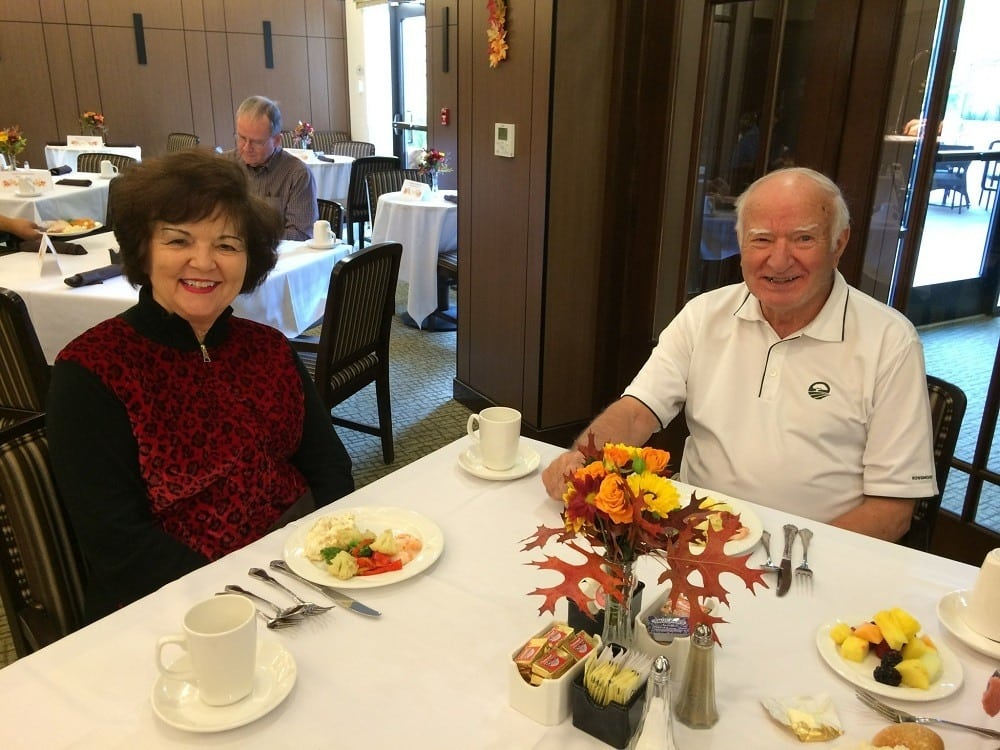 Residents enjoying dinner at our senior living community in Lafayette, CA
