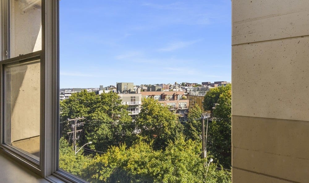 Stunning city and Lake Union views at our senior living community in Seattle, WA
