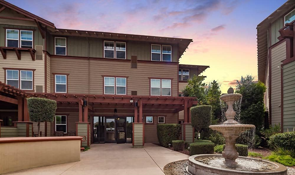 Learn more about amenities at Merrill Gardens at Gilroy