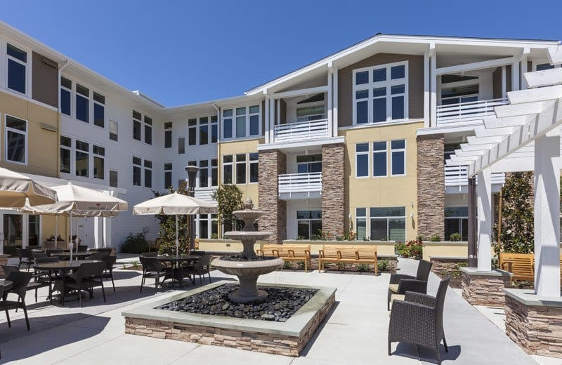 Exterior gathering area at Huntington Beach senior living