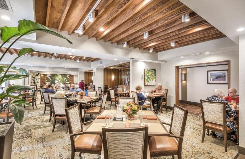 Community dining at San Diego senior living