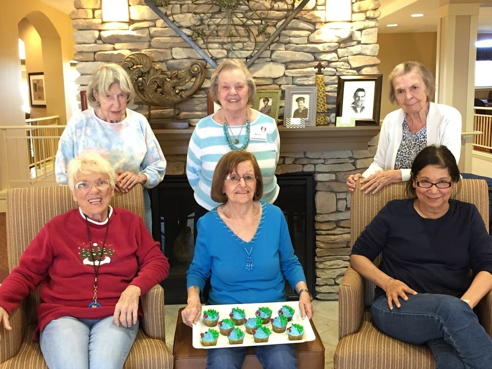 Residents at The Oaks spending time together