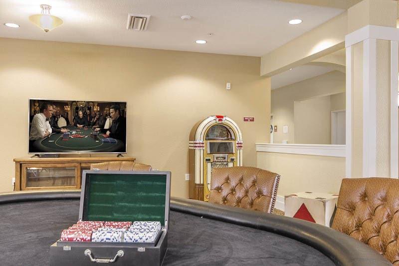 Card table at senior living in Rocklin, CA