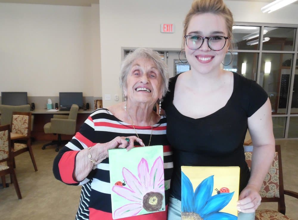 Arts and Crafts with Residents at Merrill Gardens at Woodstock