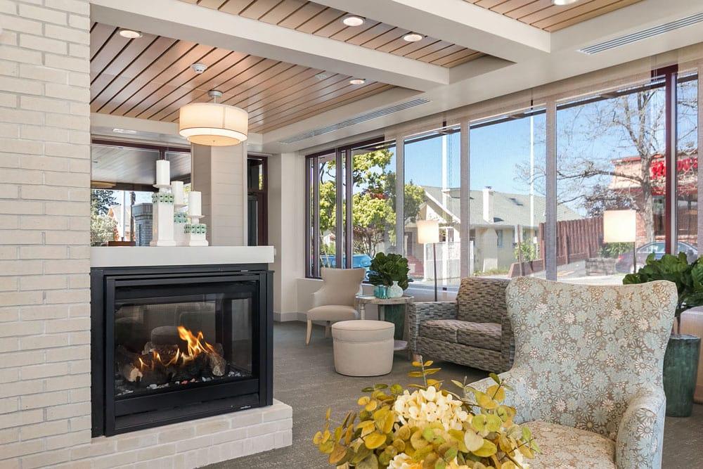 Resident lounge at Merrill Gardens at Rockridge in Oakland, California.
