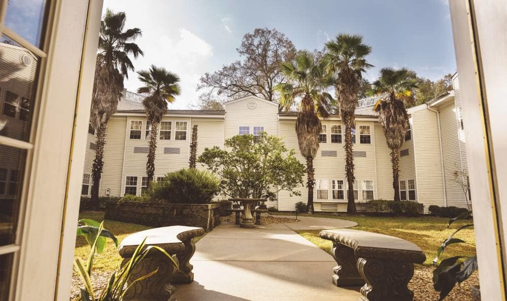 Beautiful Courtyard with Specially Designed Walking Paths for Our Residents at Broadview Assisted Living at Tallahassee
