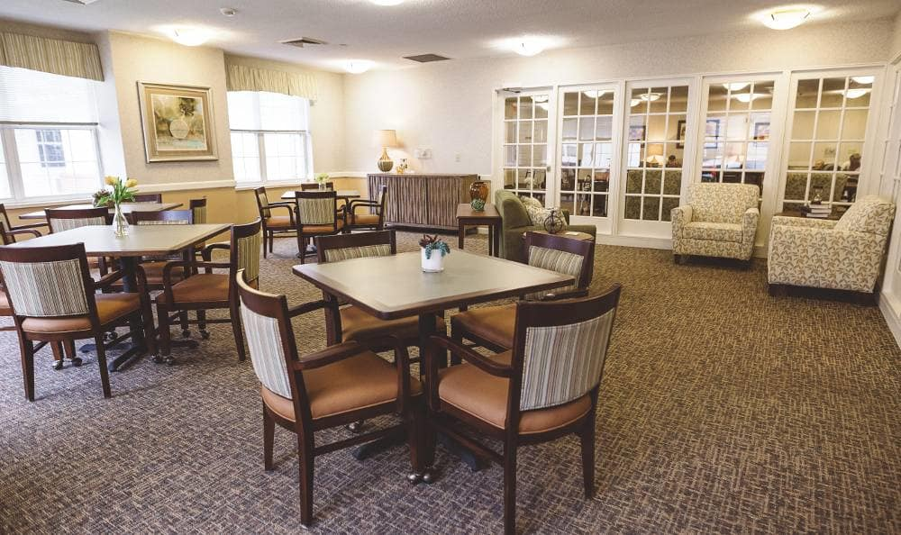 Beautiful dining room, where Broadmore Senior Living at Lakemont Farms offers a full-service dining program