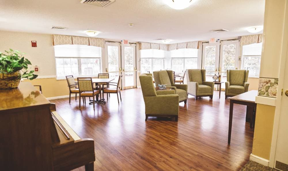 Comfortable couches at Broadmore Senior Living at Lakemont Farms