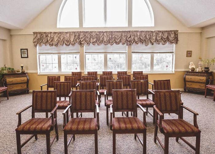 Activity room at Broadmore Senior Living at Lakemont Farms