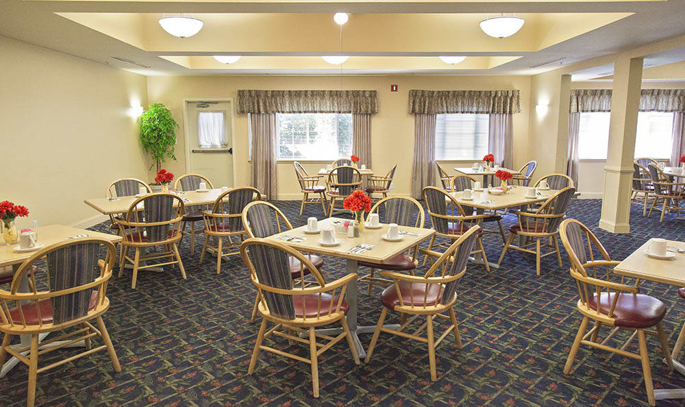 Dining Hall At Cooks Hill Manor Assisted Living In Centralia WA