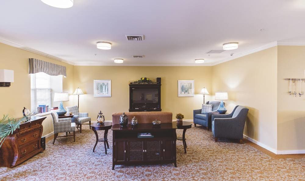 beautiful living room at Broadmore Senior Living at Hagerstown in Hagerstown, MD
