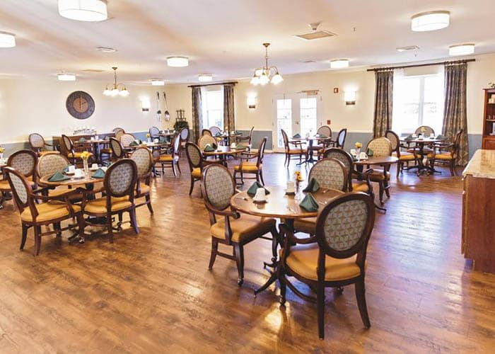 Broadmore Senior Living at Hagerstown's dining hall