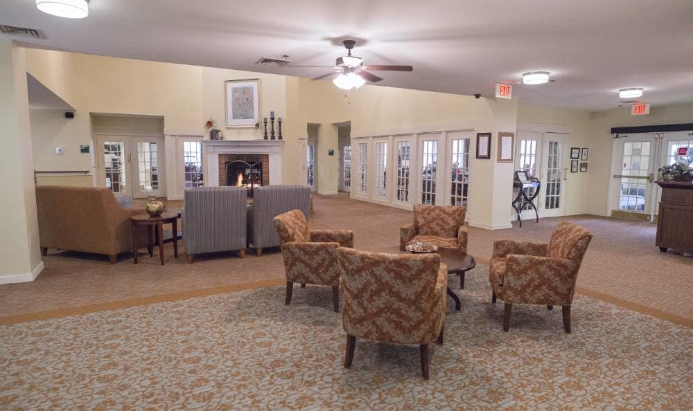 beautiful living room at Broadmore Senior Living at Teays Valley in Hurricane, WV