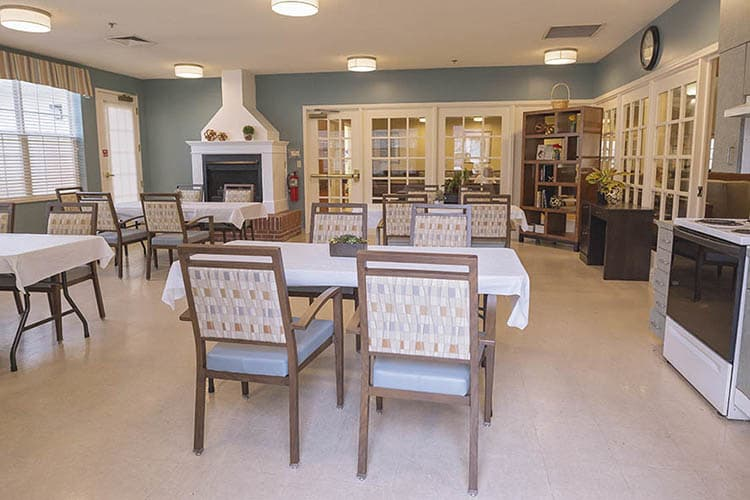Broadmore Senior Living at Johnson City Kitchen Small
