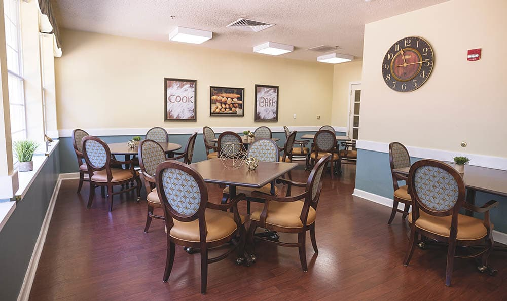 Dining Hall At Broadmore Senior Living at Murfreesboro In Murfreesboro TN