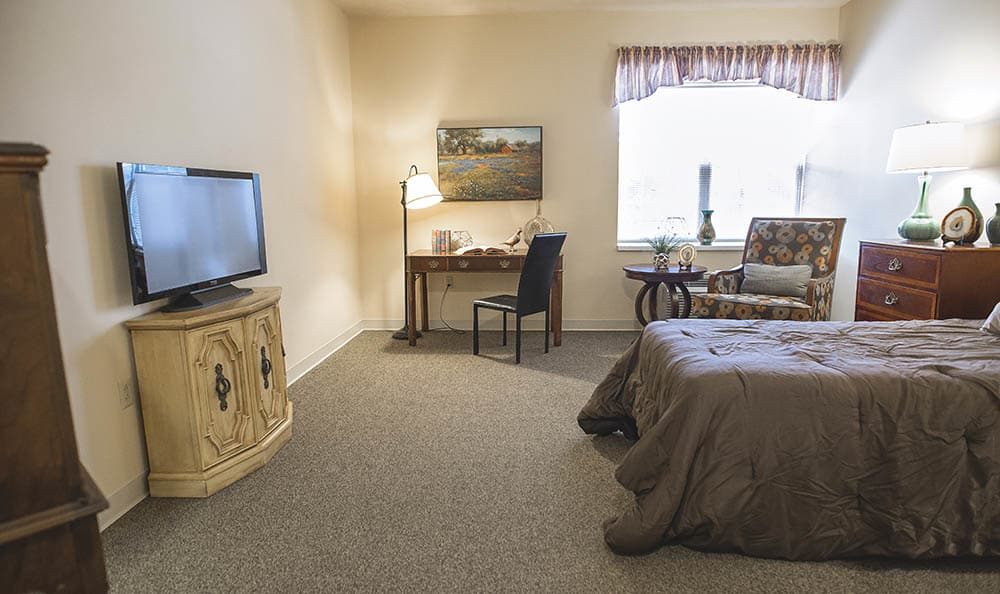 Single Bedroom At Broadmore Senior Living at Murfreesboro