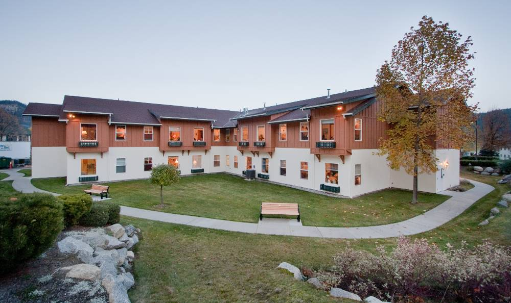 Beautiful Courtyard with Specially Designed Walking Paths for Our Residents at Mountain Meadows Senior Living Campus