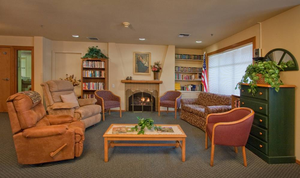 reading room at Mountain Meadows Senior Living Campus