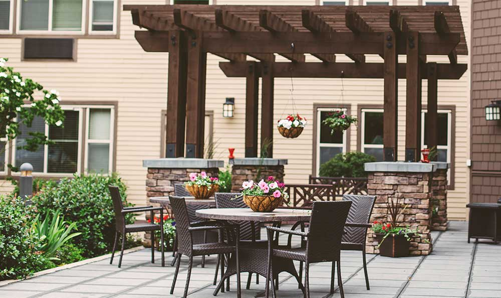 Patio at The Lodge at Mallard's Landing.
