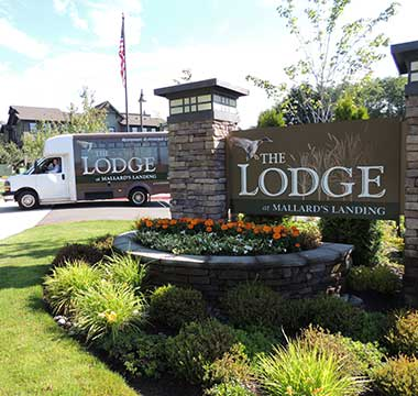 Grand entrance at The Lodge at Mallard's Landing