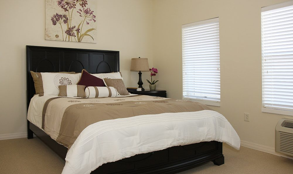 Bedroom at Cedar Bluff Assisted Living & Memory Care