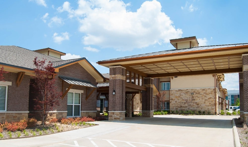 Front entry to Cedar Bluff Assisted Living & Memory Care