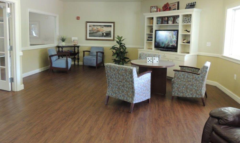 tv room at Storey Oaks of Oklahoma City in Oklahoma City,OK