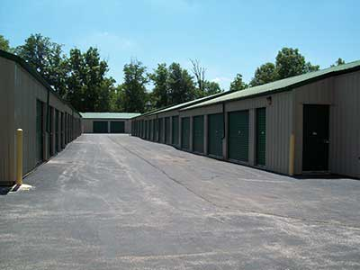 Drive up units at Mini Storage Depot