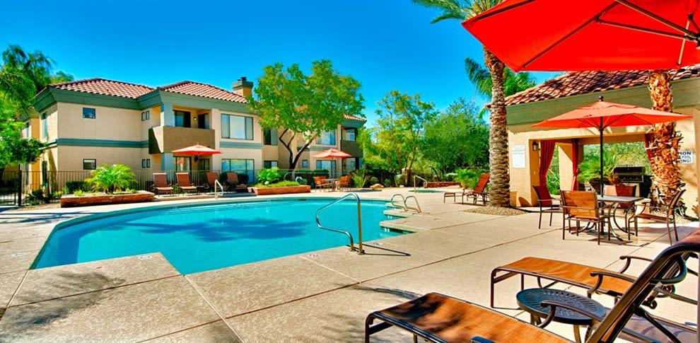 Pool at Bella Vista