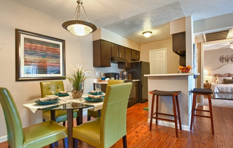 Apartment features at Sedona Ridge in Phoenix