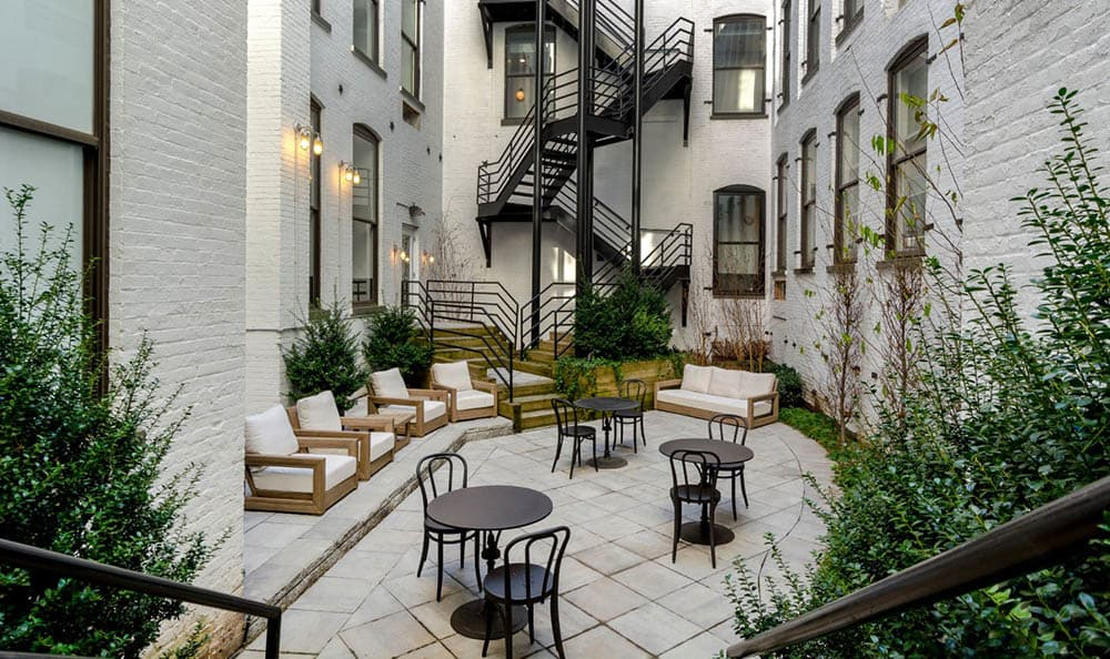 Modern-style courtyard at Grand Adams in Hoboken, NJ