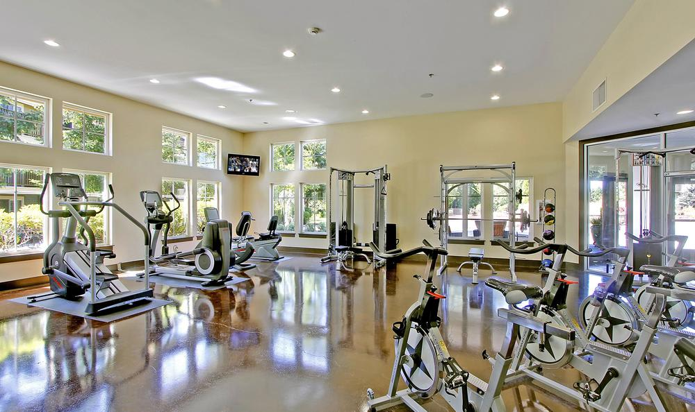 exercise facility at Avana 522 Apartments in Bothell, WA