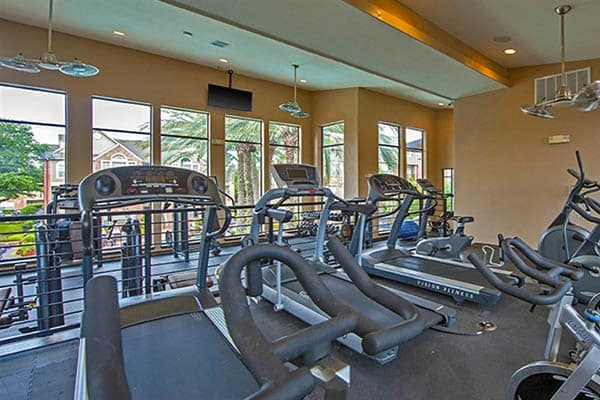 Fitness Center At The Westmore at Bellaire Apartments