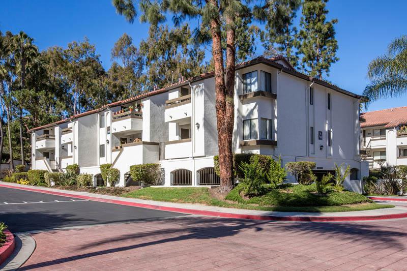 Apartment Building Exterior View at Avana La Jolla Apartments in San Diego, CA