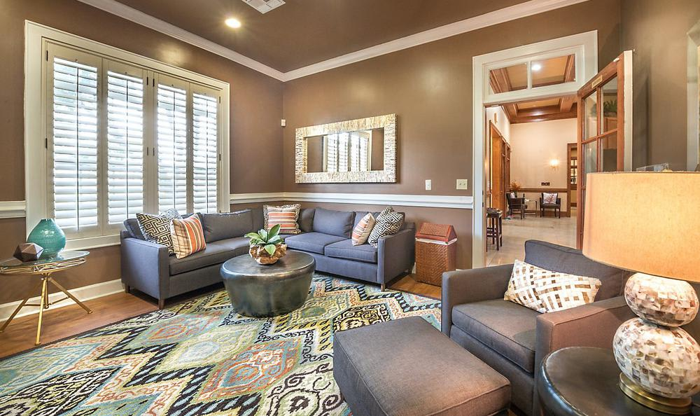 Meeting Area at Avana Stonebriar Apartments in The Colony, TX