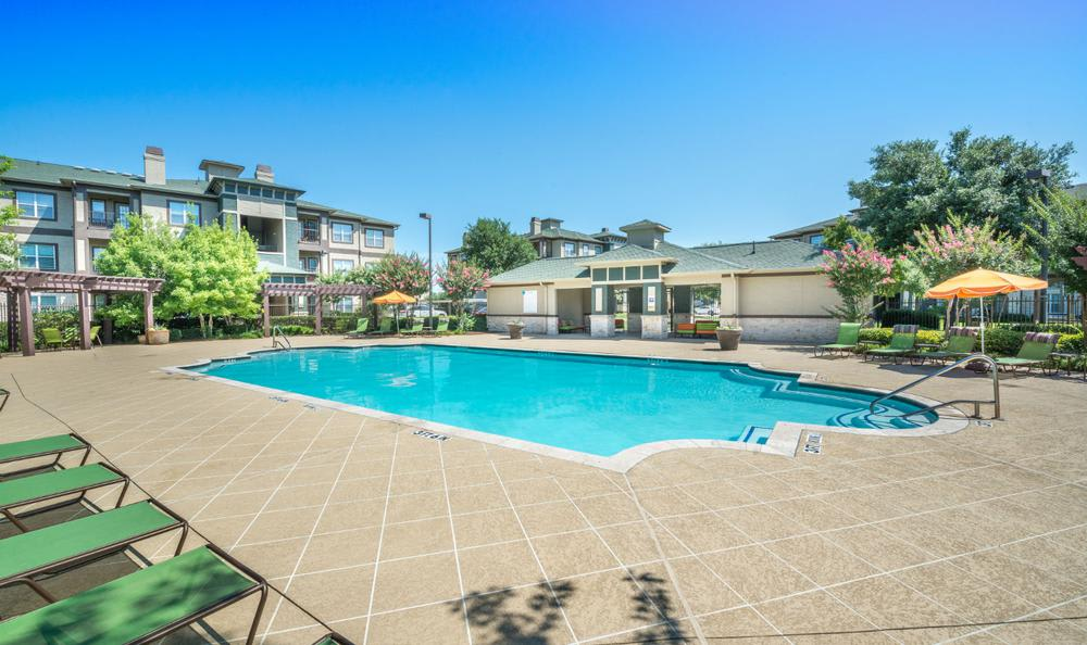Swimming Pool at Avana Stonebriar Apartments in The Colony, TX