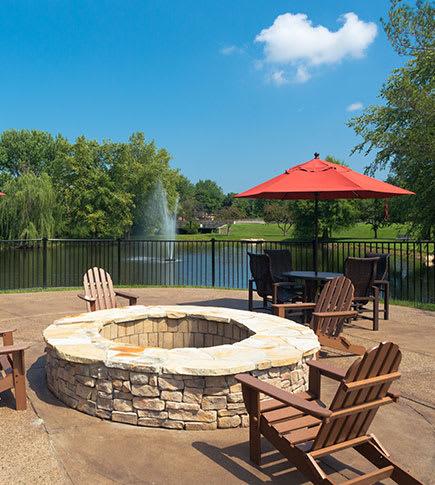 View amenities of Mallard Crossing Apartments in Louisville