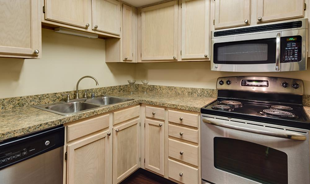 Fully Equipped Kitchen at Mallard Crossing Apartments in Louisville, KY