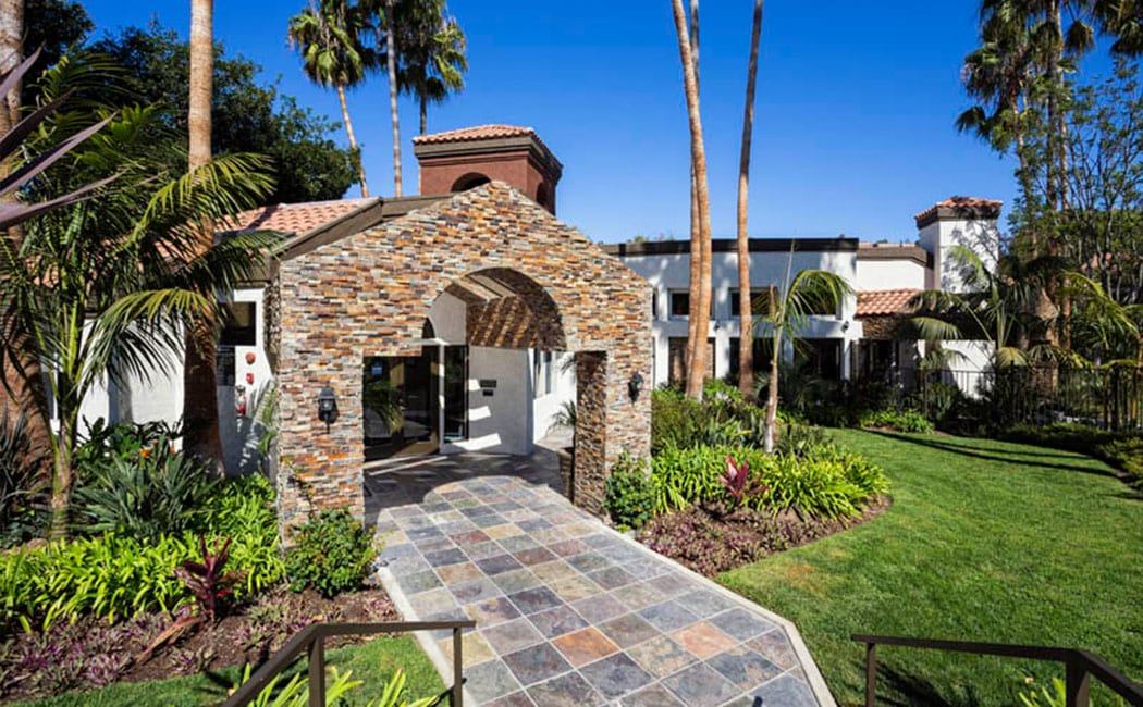 Entrance to Avana San Clemente Apartments