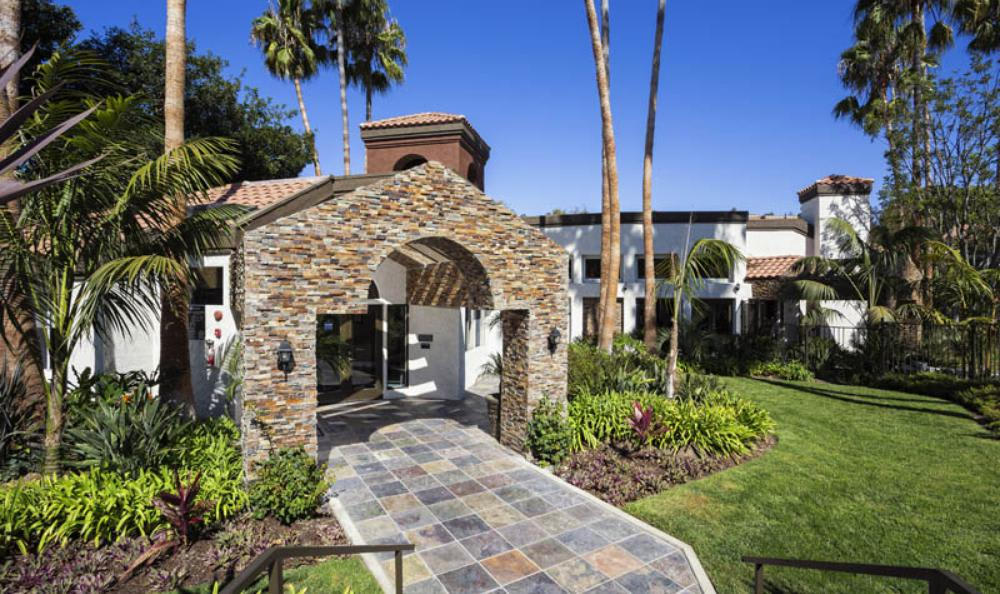 Main Entrance at Avana San Clemente Apartments in San Clemente, CA