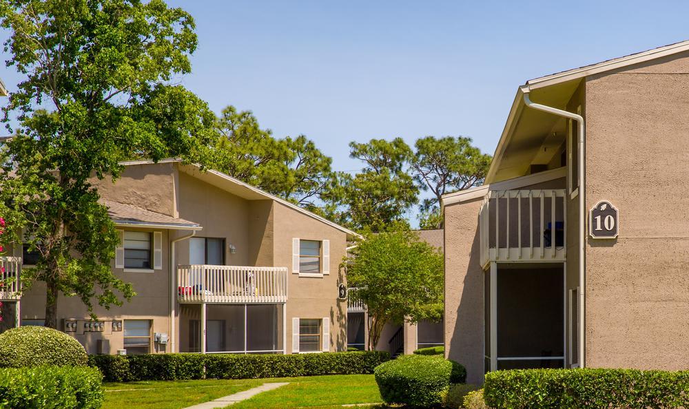 Apartments Exterior at Arbors at Orange Park in Orange Park, FL