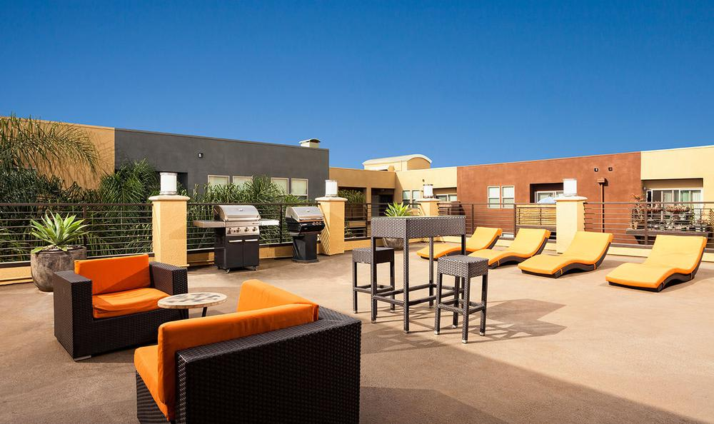 Outdoors Common Area With Furniture at Avana North Hollywood Apartments in North Hollywood, CA