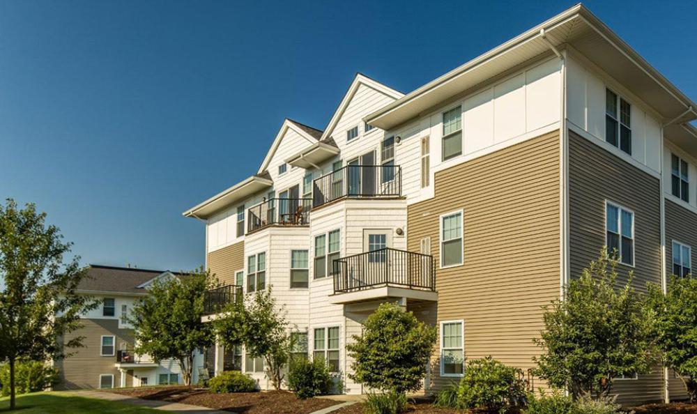 Apartments Building Exterior at Avana Abington Apartments in Abington, MA