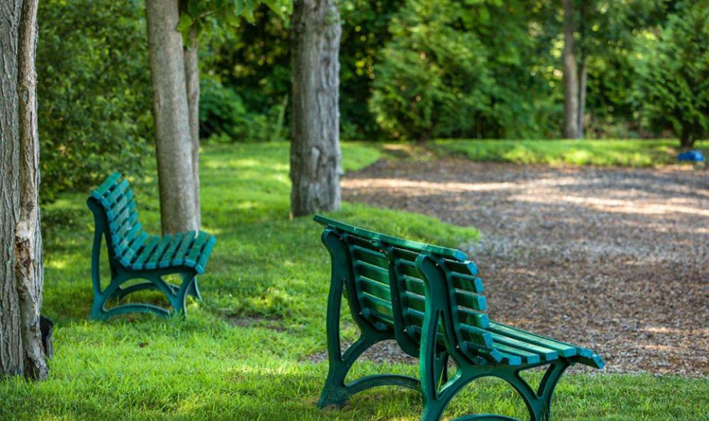 Outdoors Benches at Avana Abington Apartments in Abington, MA