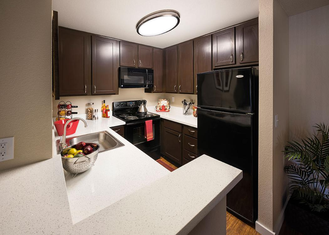 Fully equipped kitchen at Avana Skyway Apartments in San Jose
