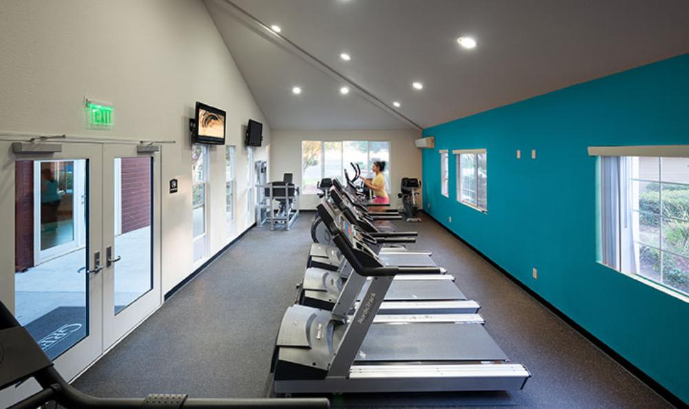 Fitness Center at Avana Skyway Apartments in San Jose, CA