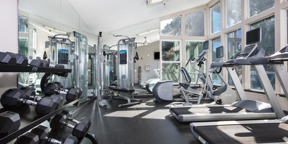Exercise Facility at Skyline Heights Apartments in Daly City, CA